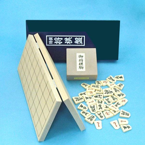 新桂4号折将棋盤とプラスチック製将棋駒歩心(裏赤)