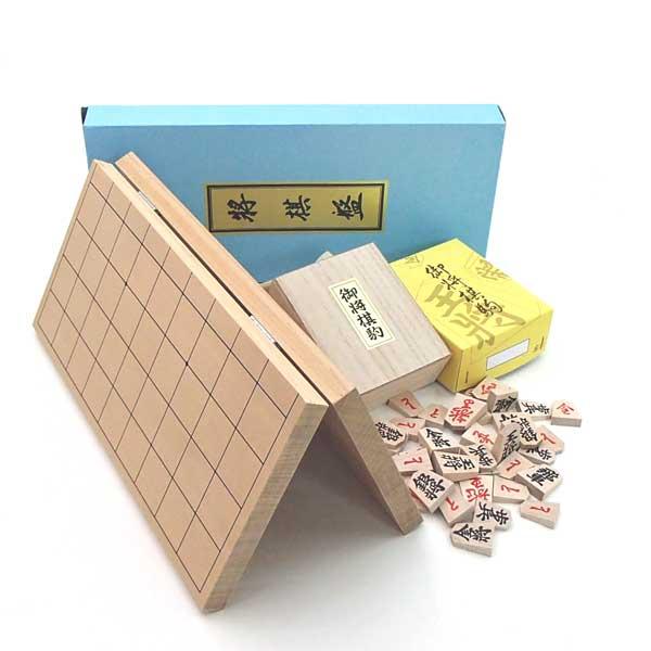 木製将棋セット 新桂6号折将棋盤とくっきり太字書体の特選将棋駒(裏赤)