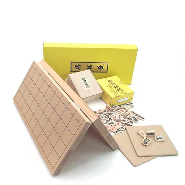 木製将棋セット 新桂7号折将棋盤と特選将棋駒に駒台付