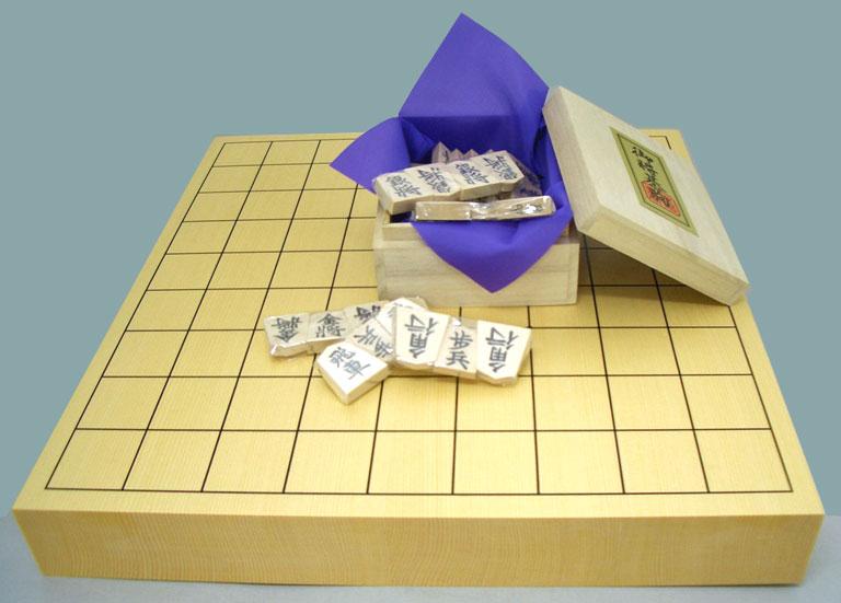 将棋セット ヒバ15号卓上接合将棋盤竹と白椿上彫駒の将棋盤セット