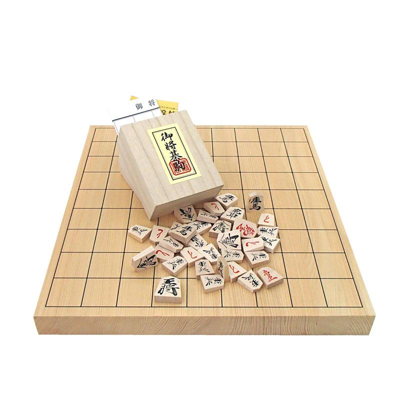 木製将棋セット P製根付2個付 芳香と明るい色目の桧(ヒノキ)1寸卓上接合将棋盤と優良押し将棋駒