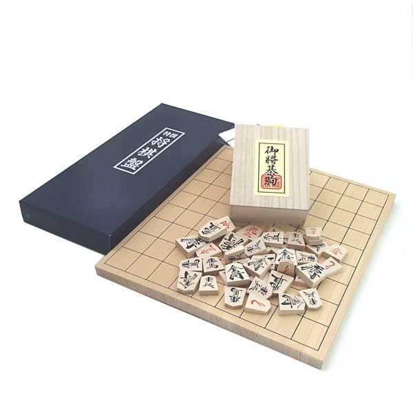 桧(ひのき)4号折将棋盤と人気の優良押し駒