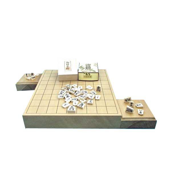 木製将棋セット 新桂2寸卓上接合将棋盤と木製白椿中彫将棋駒に駒台付