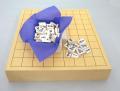 ヒバ2寸卓上接合将棋盤竹と白椿上彫駒のセット