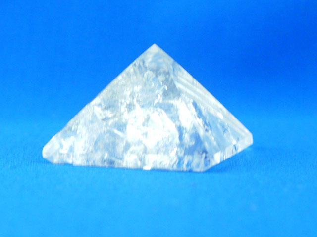 水晶のピラミッド  【pyramid009】