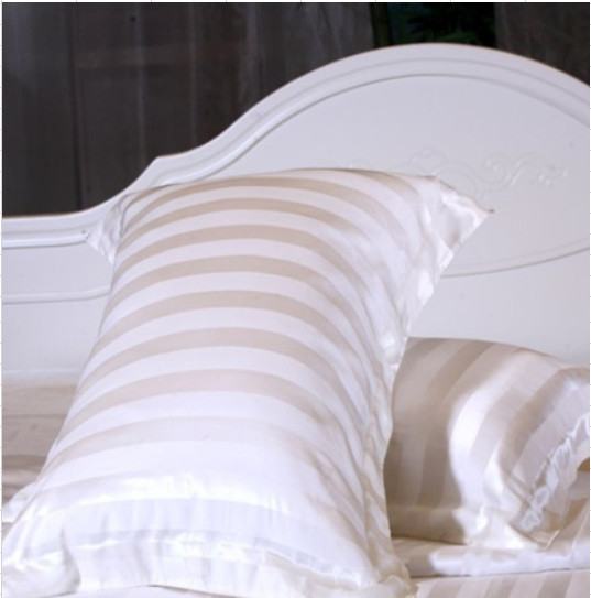シルク枕カバー ホワイトストライプ