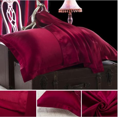 クラレット ワインレッドのシルク枕カバー