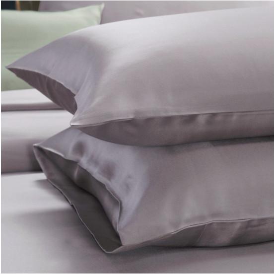 シルバーグレイ 灰色の枕カバー