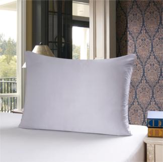シルバーグレイ 灰色のシルク枕カバー