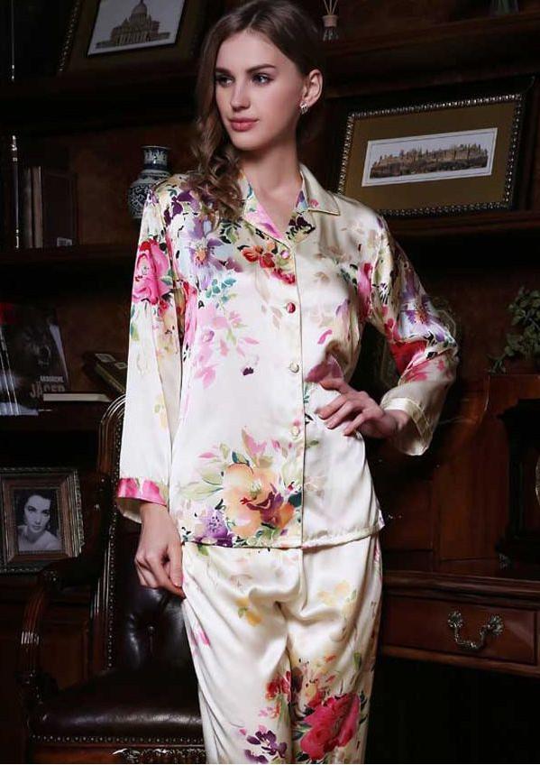 花柄プリント シルク長袖パジャマ