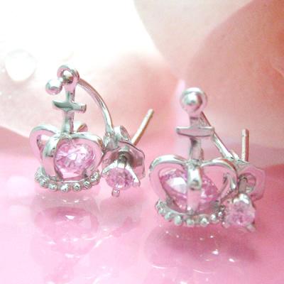 【送料無料】ピンクのキュービックがかわいい王冠が揺れるシルバーピアス
