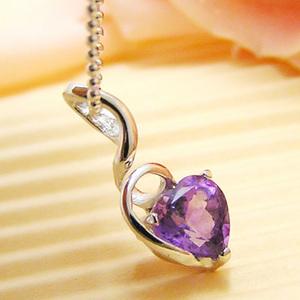 天然アメジスト(紫水晶)のハートのシルバーネックレス