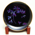 飾皿「紫の幻想花」九洲夫作/桐箱入/現品のみ