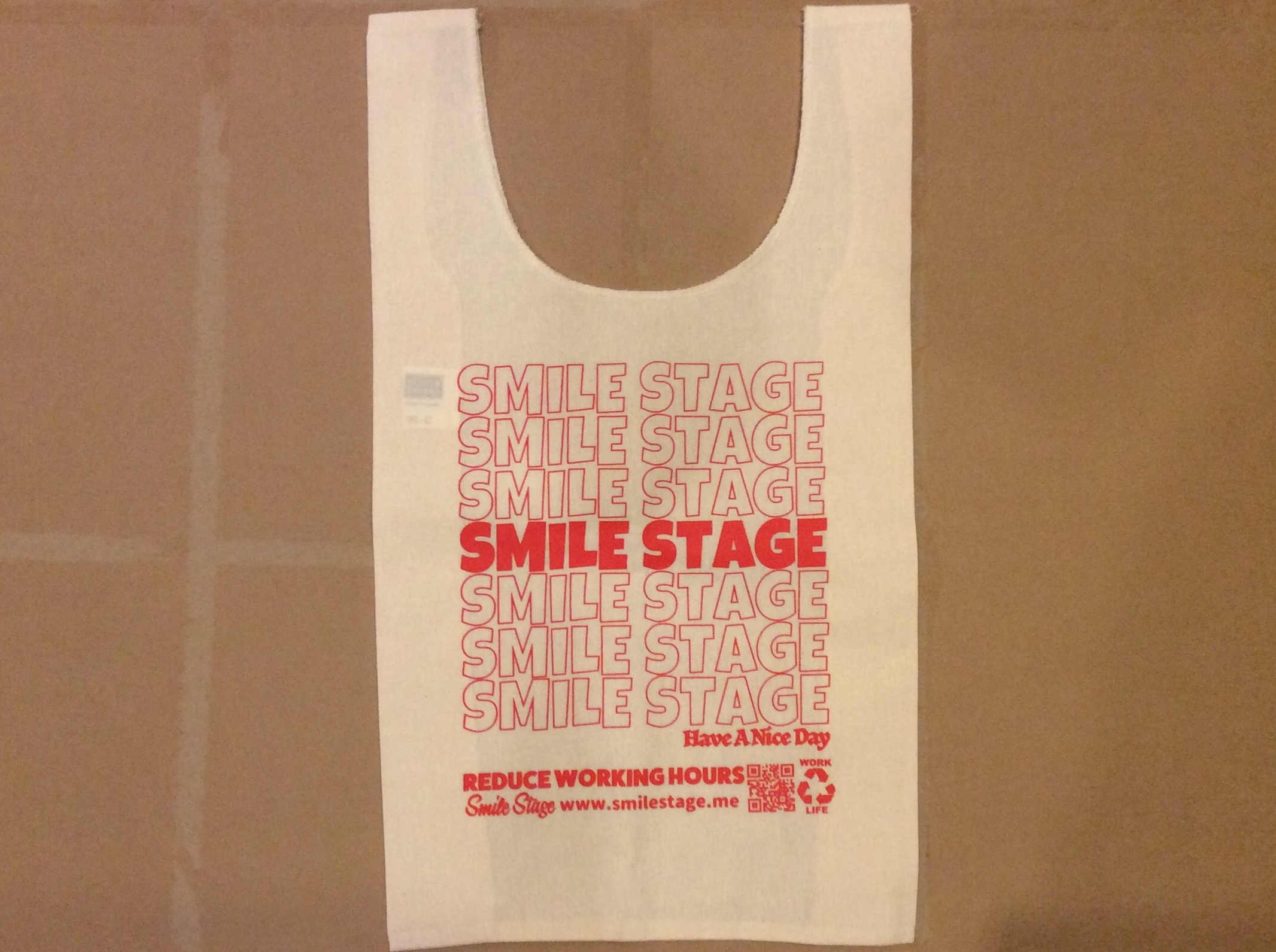 SMILE STAGE SHOPPING BAG