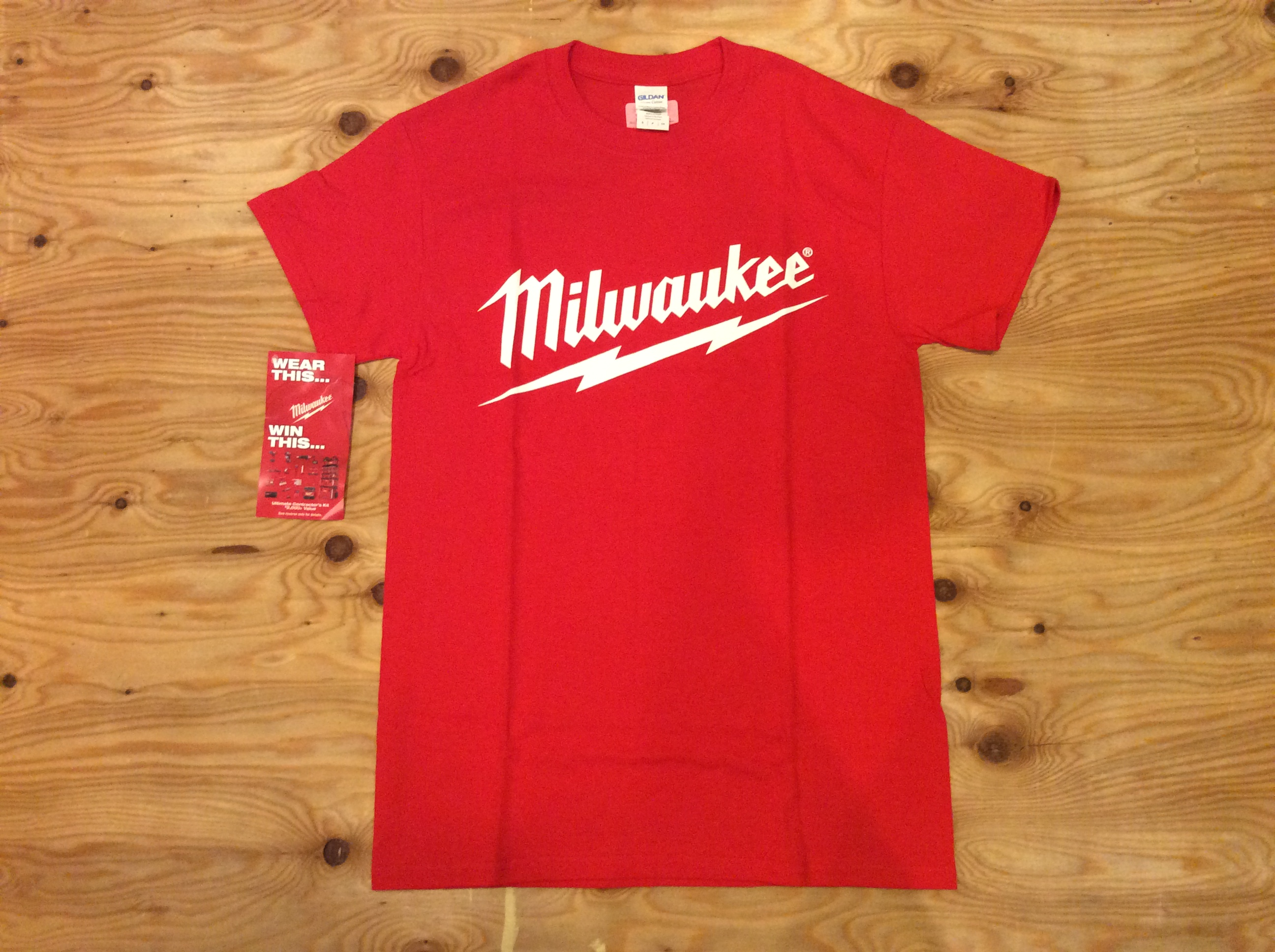 """MILWAUKEE  """"My tool lasts than your tool""""   T-SHIRT"""