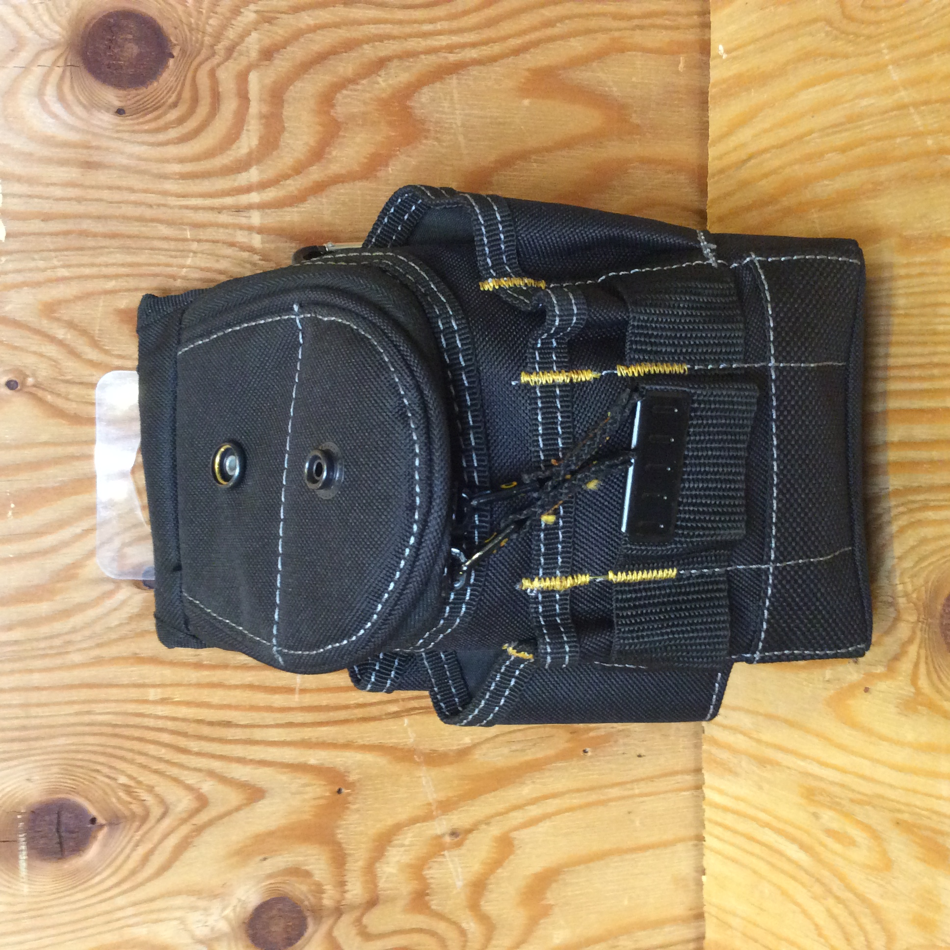CLC SMALL ZIPTOP UTILITY POUCH