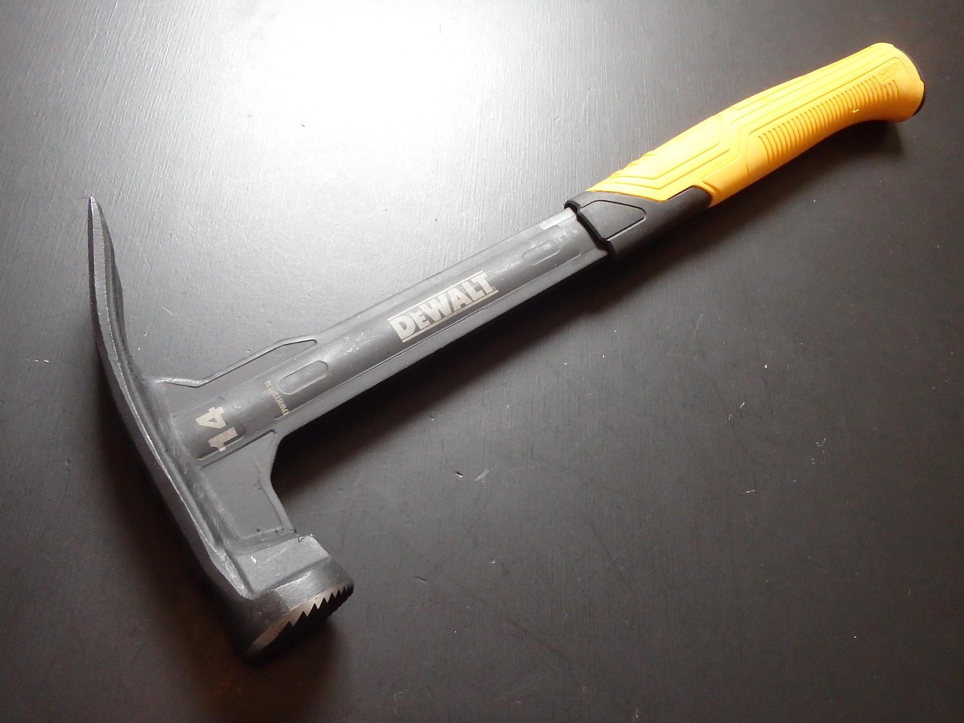 DeWALT 14oz Mig Weld Framing Hammer