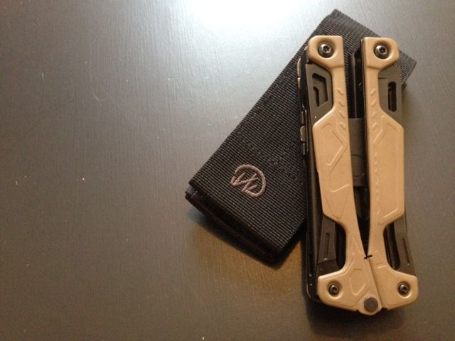 LEATHERMAN COYOTE TAN