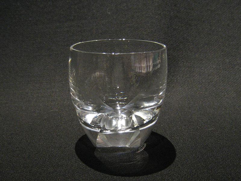 M4 酒 グラス