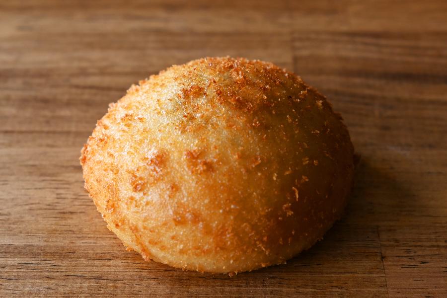 きのこのカレーパン