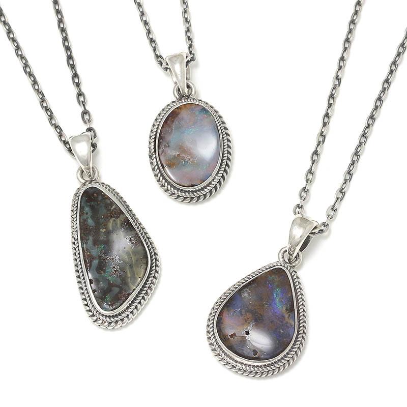 メンズアクセサリー Large Opal Stone Necklace