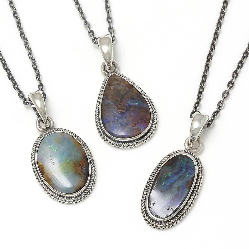 メンズアクセサリー Medium Opal Stone Necklace