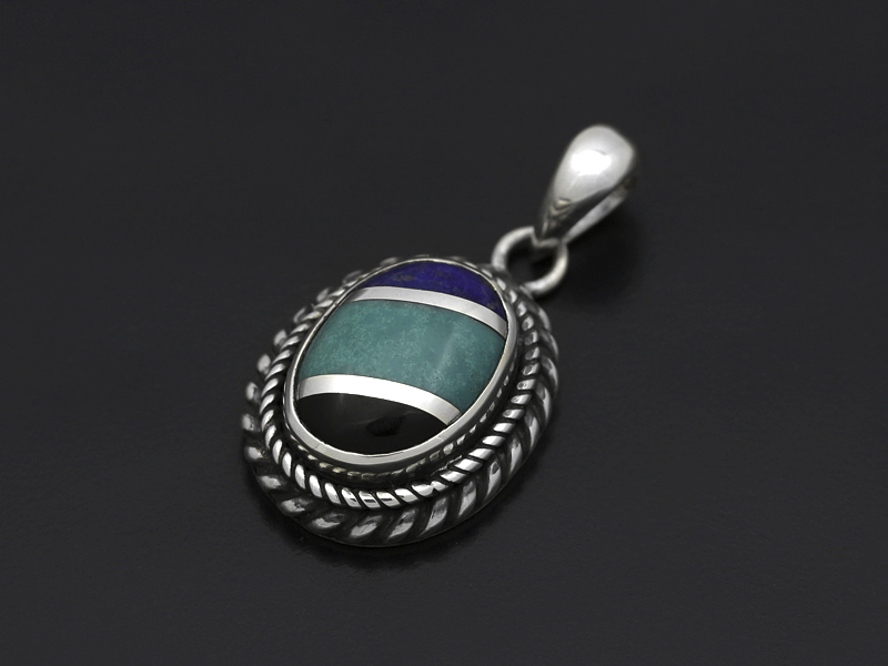 Twisted Stone Pendant - Inlay