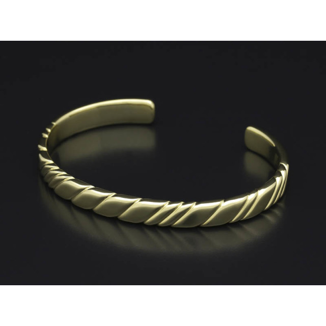 Twist Bangle - K18Yellow Gold