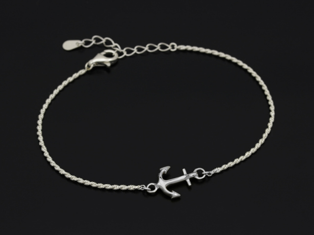 Small Anchor Chain Bracelet - Silver