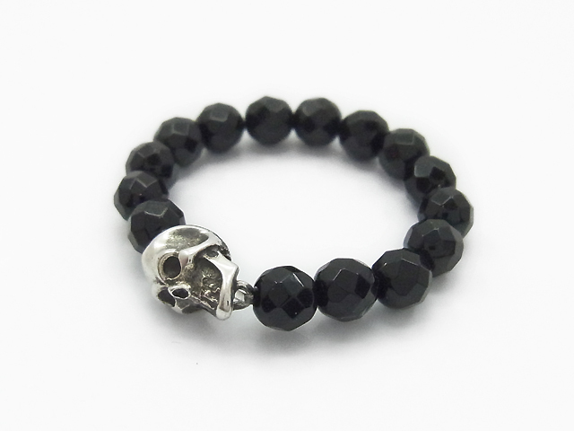 XS.F2-Skull with Beads Ring Onyx - Silver