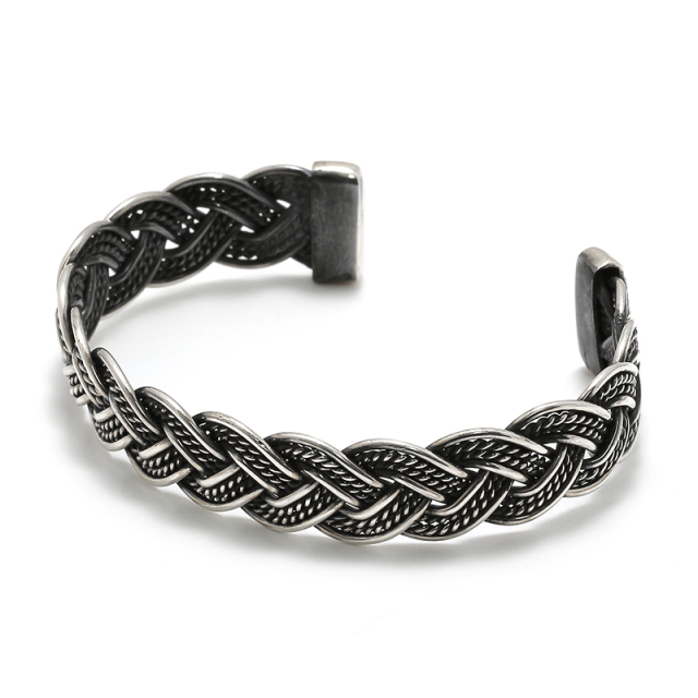 Royal Braid Bangle