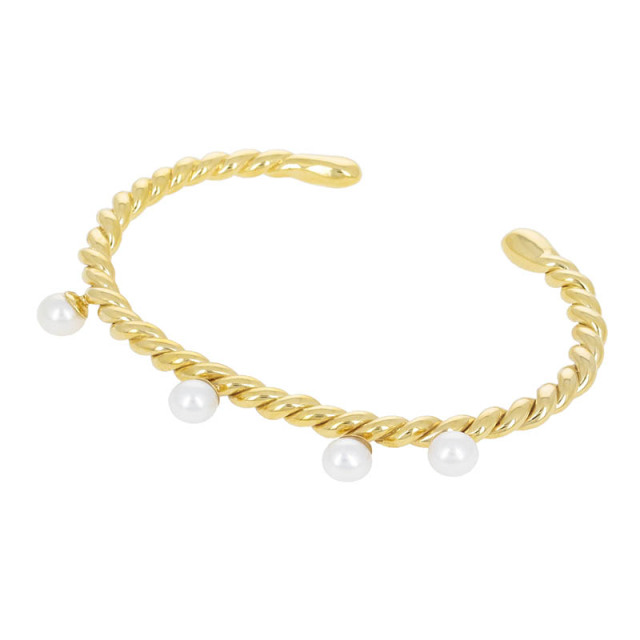 Twist Bangle w/Pearl