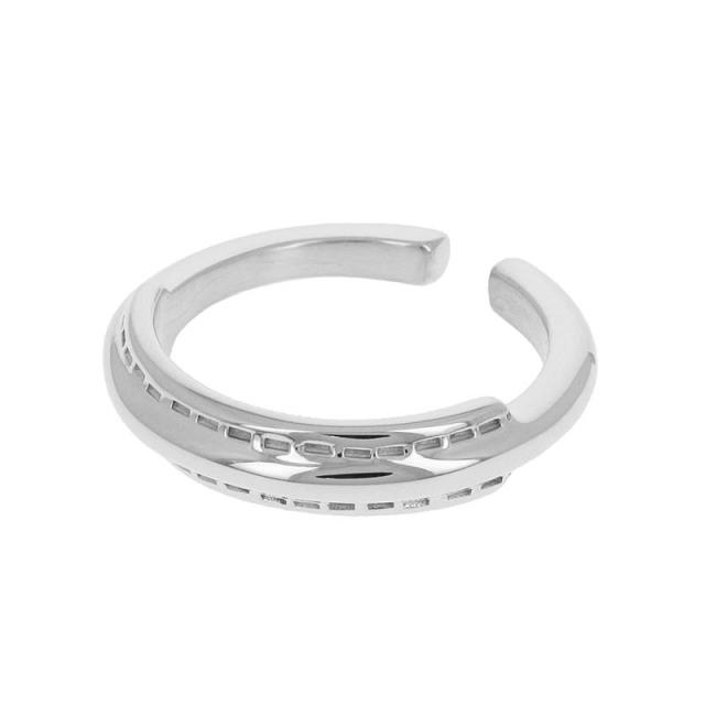 Stitch Ring - Silver