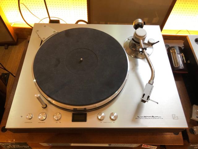 ★展示処分品★ LUXMAN PD-171A レコードプレーヤー