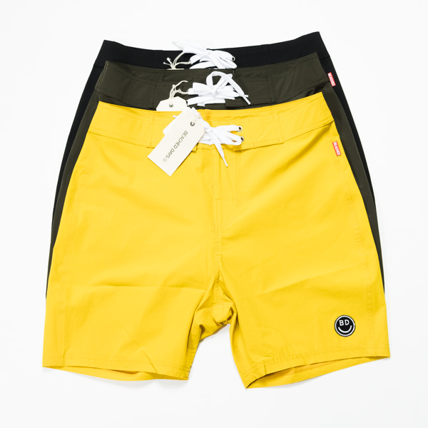 [ BEACHED DAYS ] Board Shorts
