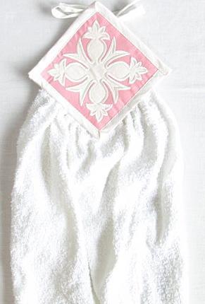 【円高還元セール品】ハワイアン・キッチンタオル/パイナップルピンク