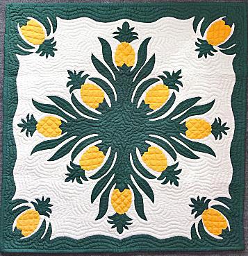 ハワイアンキルトタペストリー/壁掛け/パイナップル・ラージサイズ
