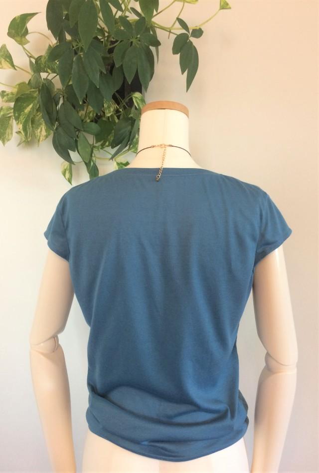 TシャツB4