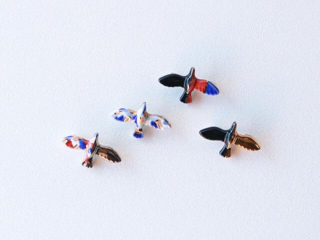 cocosara 鳥 ブローチ 有田焼