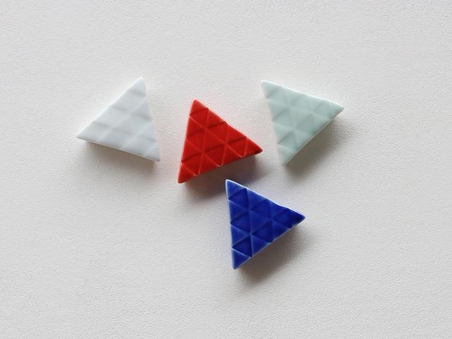 三角(うろこ)箸置き 有田焼
