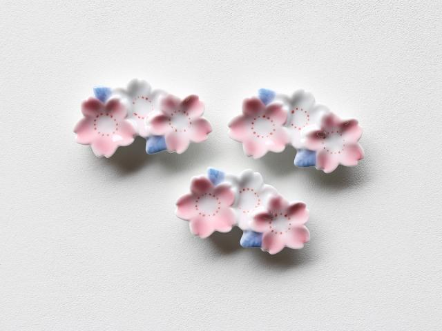 ピンク吹き 三連桜 箸置き 有田焼