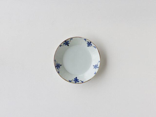 リーフ紋 しのぎ 5.5寸皿 有田焼