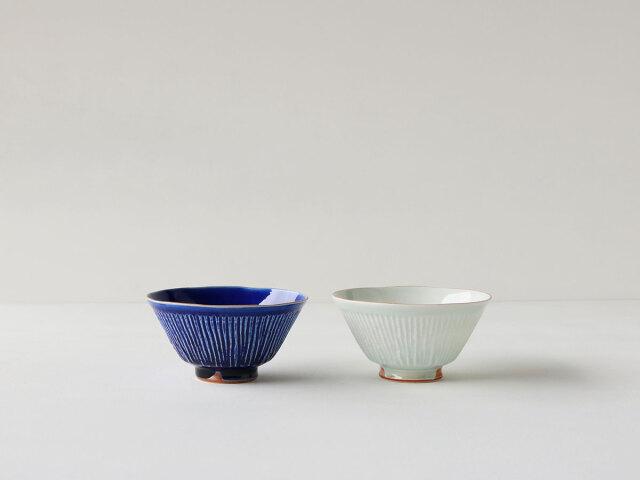 瑠璃釉/青白磁 しのぎ 茶碗 波佐見焼
