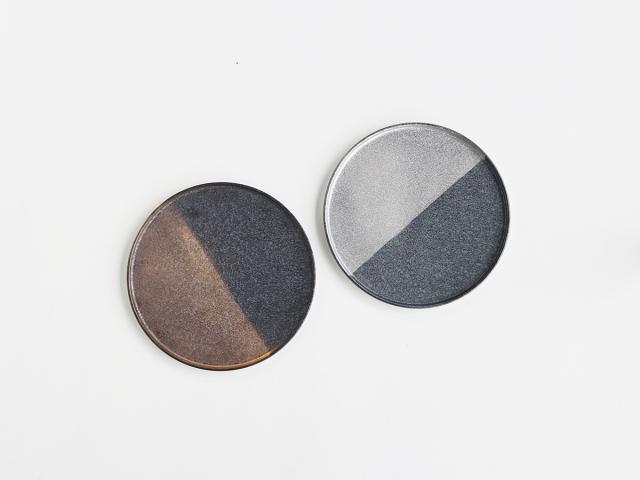 晶 半金/半銀 22cmフチ付き 丸皿 有田焼