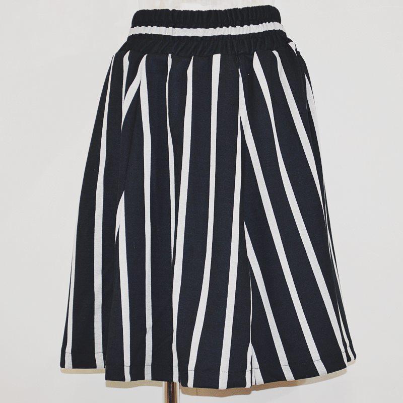ストライプ 膝丈スカート