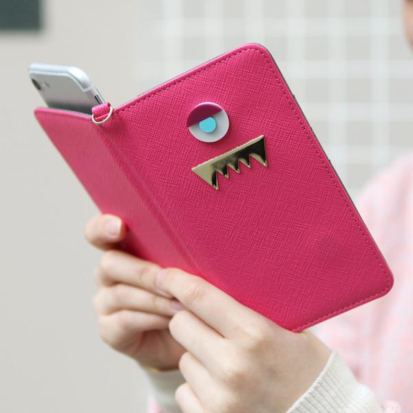 スマホケース アンドロイド iPhone アコモデ