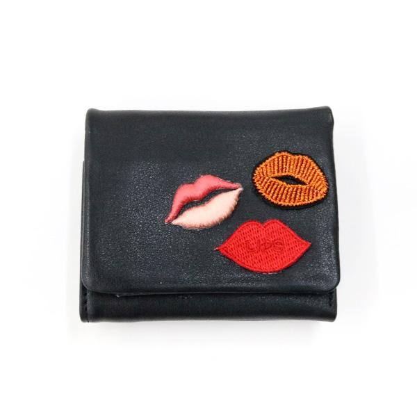 二つ折り財布 リップ レザー アコモデ