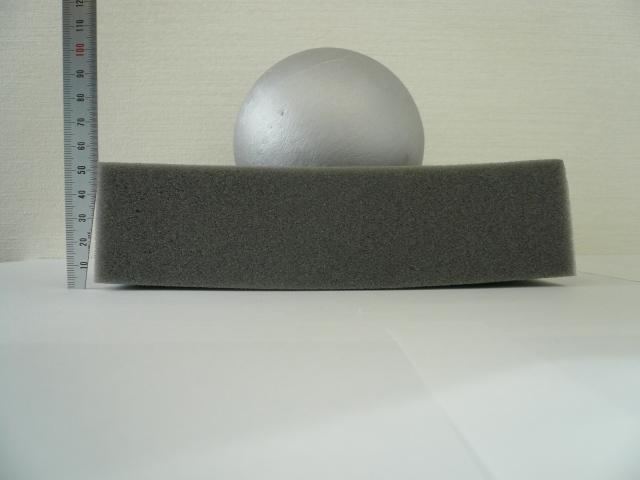 261灰色鉄球