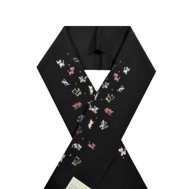 ネコ刺繍半衿