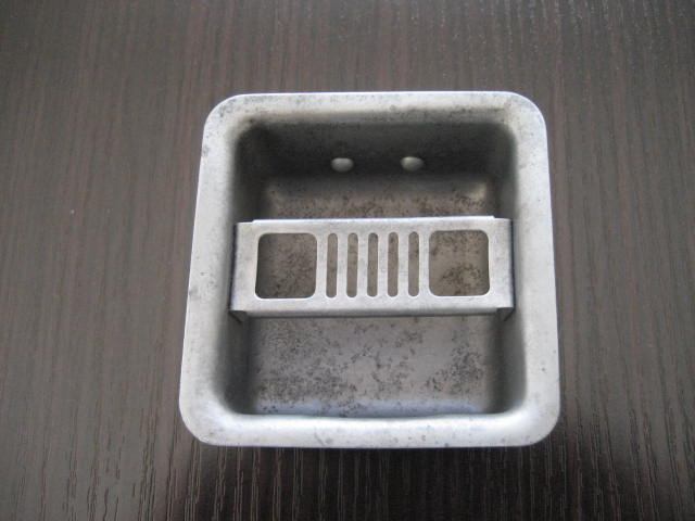 '68~SR311用灰皿 中古 ブラスト済み